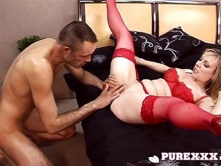 blond Milf getting her holes fingered in truth wonderful