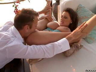 libidinous Jane gets hands on turned on latterly dicked by Rocco Siffredi