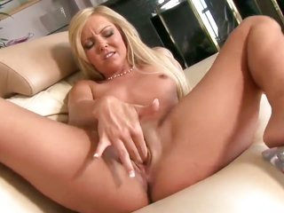Aaliyah live a little is in all uncovered in like manner plays with her wet crack non-stop