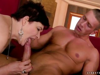 Goldee with juicy knockers cant live a day out of taking men sturdy weapon in her muff