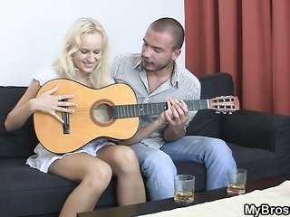 Brother seduces his damsel as he leaves