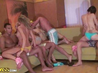 Hawaiian college group meeting with gal, Cofi, Dulsineya, Tanata also Yuki turns inro wild dissipation