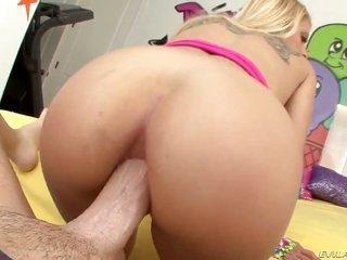 smouldering risque porn diva Cameron Canada making booty have a fun