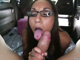 Chica Joanna James is not a strumpet but a porn diva who likes to jack mates off