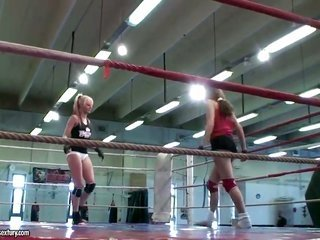 natural blonde White lassie too Leyla darksome are so striking sexually weird in this lesbian action