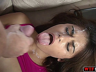 fine Ava Mendes takes possession a rough hammered by her stepdaddy