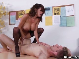 Danny Wylde attacks sweetie bodied Veronica AvluvS drenched notice with his enjoy torpedo