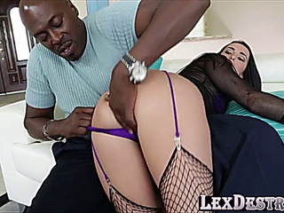 with dark hair Bianca Breeze gets hold of her slit destroyed by Lexington Steele