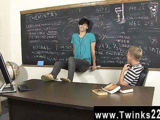 Twink sexual intercourse Kayden Daniels additionally Jae Ladditionallyen have a yam-sized ruler